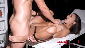 Sex douche anale Tattooed golden shower slut cassie del isla dominated by bdsm husband gp102