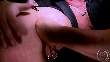 Marina Montana in der Rolle eines Punkgirls - Fuck me german big-tits