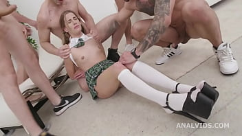 Manhandle, Barefoot With Eveline Dellai 5on1 Balls Deep Anal, DAP And Swallow GIO1810