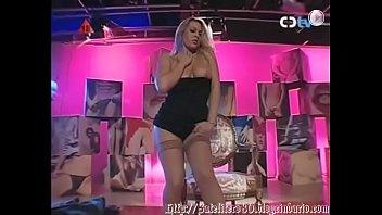 Daniela Blume  - Throne Streptease Vorschaubild