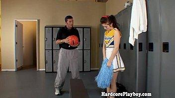Amateur teen cheerleader fucked by coach pornhub video