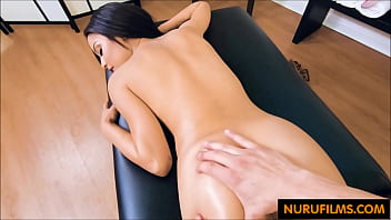 Petite latina blows the massage guy