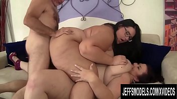 Kissing bbw - Sensational plumper threesome with mature lady lynn and hot becki butterfly