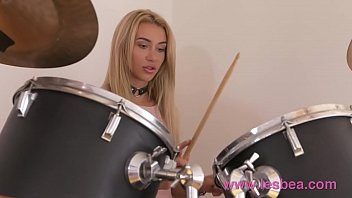 Lesbea Drum student teen has pussy licked and fucked with drumstick