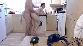 Her brother walks in on her as she washes the dishes and the bitch's sister grabs her by the thighs. He took his younger sisters blowjob and fucked her hard then finished facial.