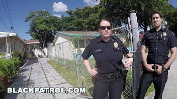 BLACK PATROL - Police Officers Maggie Green and Joslyn Respond Domestic Disturbance Call porno izle