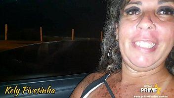 Dog penis red errect vet Mamada dentro do carro em plena rua dogging com meus fãs completo no red
