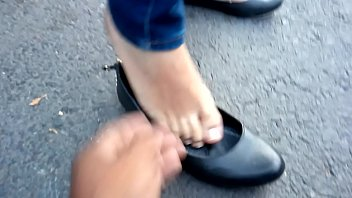 Flat bottom punt plan - Lindos pies en flats negras de mi hermosa chica