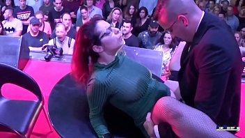 Pornovatas.com (escena completa) romantico sexo publico en españa zenda sexy (grandes tetas naturales) vs jotade (gran polla)