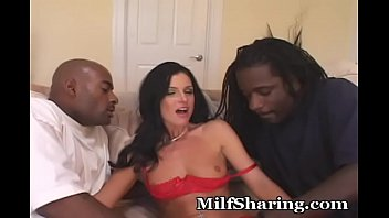 Dirty Milf Loves Getting Plugged