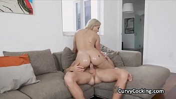 Blondes fat oiled booty enjoys riding big dick