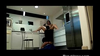 Fun with the plumber - XVIDEOS com thumbnail