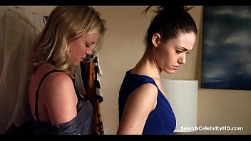 Emmy Rosssum and Amy Smart Shameless S01E11 2011
