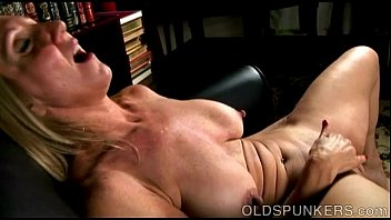 Aged old cunts - Beautiful busty old spunker fucks her fat juicy pussy 4 u