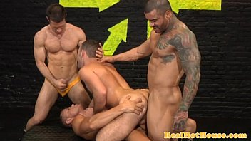 Gay muscular studs - Butch masculine studs in orgy