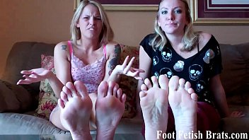 Jerking off to your hot roommate's feet