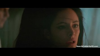 Madeleine stowe nude picture Madeleine stowe in revenge 1990