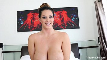 Alison Tyler uses her Hitachi