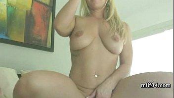 My Best Friend's Sexy Mom!