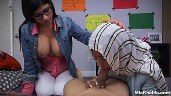 Blowjob Lessons with Controversial Pornstar Mia Khalifa (mk13818) Vorschaubild