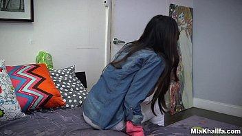 Blowjob Lessons with Controversial Pornstar Mia Khalifa (mk13818)
