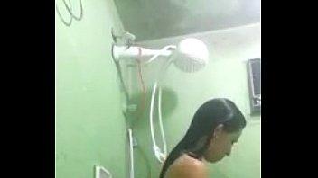 Caiu na net novinha gostosa no banho