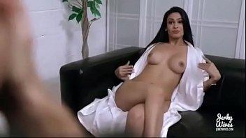 Madre follada por su hijo y se viene dentro (VIDEO COMPLETO AQUI) http://hinafinea.com/1pLd