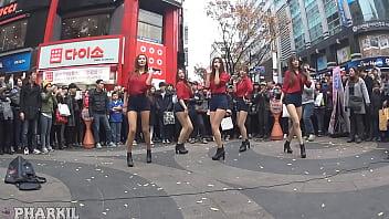 公众号【91报社】韩国EXID街头制服性感热舞