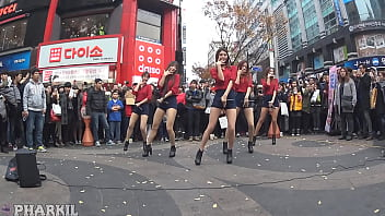 公众号【福利报社】韩国EXID街头制服性感热舞