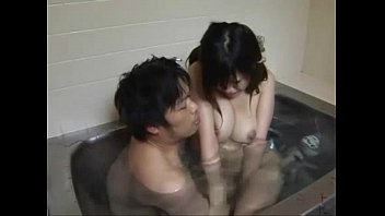 【ロリ】妹を一緒にお風呂に入って成長した巨乳をじっくり揉みしだくお兄ちゃんw