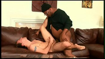 Experienced mature man fucks with black man
