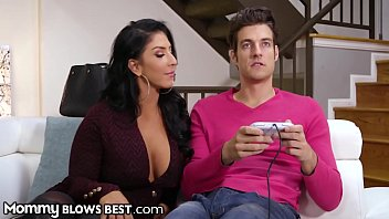 Moms sucking sons sex pictures - Mommyblowsbest stripper milf sucks gamer step sons cock