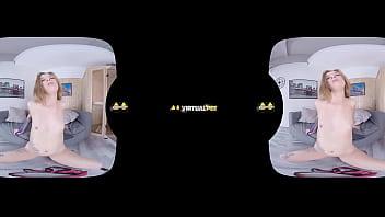 Barbara Sweet Orgasms Three Times In VR scene