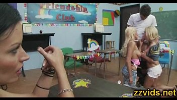 Hot threesome fuck in the classroom