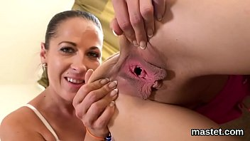 Cunt open for inspection Sexy czech nympho stretches her soft slit to the extreme
