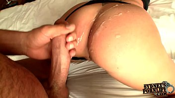 Hypnotizing Ass Shaking On Big Cock!