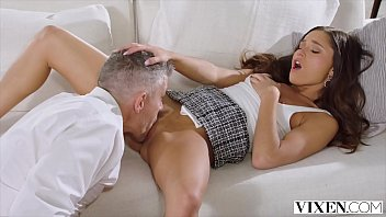 VIXEN She loves sleeping with married men