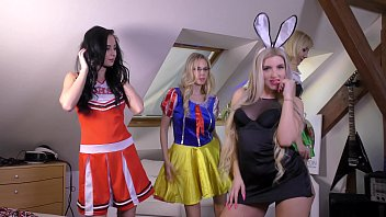 Hot Amateur Teens Cosplay Young Costume Party with Rabbit Girl, Cheerleader, Oktober Fest Girl and Candy Girl