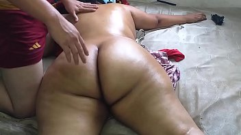 16192 Hire a massage service where they finished massaging me naked and enjoy while the masseuse saw me naked preview