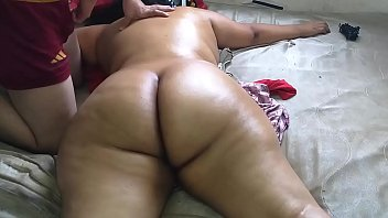 19538 Hire a massage service where they finished massaging me naked and enjoy while the masseuse saw me naked preview