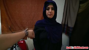 How long is dick Arab girlfriend knows how to ride throbbing cock