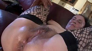 porno colombiano con Dirty anal loving granny