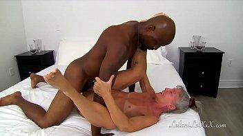 Showering with Wayne TRAILER