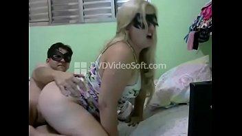 16928 Loirinha gostosa fodendo na webcam preview