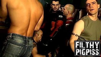 Beefy homo group deepthroat and pissing