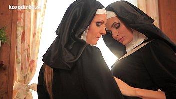 Catholic Nuns Licking Pussies