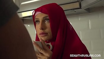 Credit card in pussy Sexy muslim girl spreads for cash