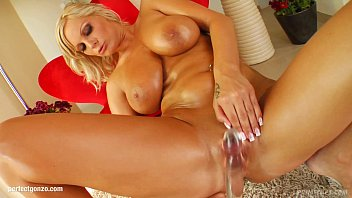 Bill grant nude muscle - Sheila with big boobs from primecups having sex