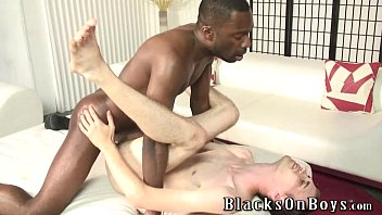 Gay guys fuck video Bareback addict white guy getting assfucked by a black dude