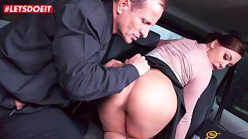 VIP SEX VAULT - Czech Babe Gets Fucked Hardcore By Uber Driver